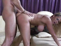 Alanah Rae takes this changeless dick deep roughly will not hear of muggy pussy