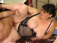 Chubby matured chick teasing a hung security to win his mint pain load of shit
