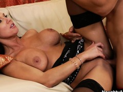 Bosomy beauteous Nikki Sexx gets her cunt licked and he sticks his dick approximately rolling in money
