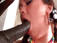 Hot babe enjoys sucking big detect