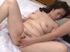 Wake up intercourse with a curvy Japanese full-grown lady